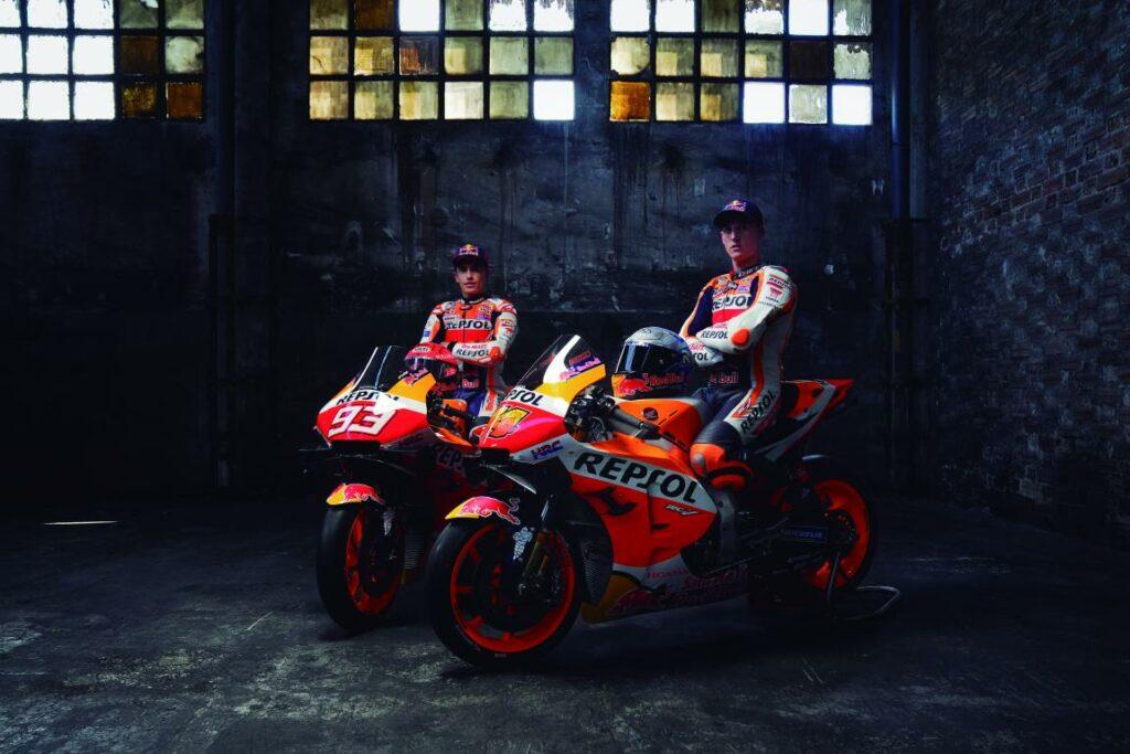 mini Team Launch Factory 2021 01212 1024x683 - El equipo Repsol Honda presenta a sus pilotos para 2021